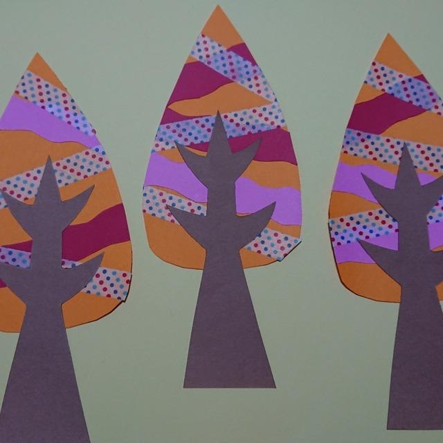 【アプリ投稿】秋の壁面飾りです。落ち葉🍂の雰囲気を表現しました❗