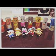 『トイレットペーパー指人形』トイレットペーパー画用紙テープトイレットペーパーに好きな柄をつけて、最後にテープでラミネートする!!!!!子どもたちが自分で使える指人形の完成!!!!!