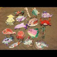 【魚釣り用  さかな】・牛乳パック・クリップ◎魚を作る方法①大人:下絵を描く→子:色ぬりをしてもらう②子:牛乳パックに自由にお絵かき&色ぬり→大人:子どもの色やデザインを活かして、魚の形に切り取る