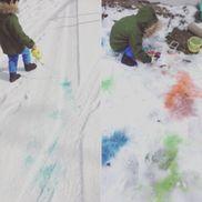*3歳*雪遊び*絵の具を水で薄めて、雪の上でお絵描き☃️