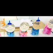 【七夕製作】1.2歳児花紙を丸める紙コップに入れる紙コップにシールを貼る年齢が大きい子は自分で顔を描く紙コップにマジックで絵を描く