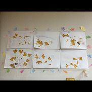 【11〜12月壁面】・4歳児・落ち葉アートとフロッタージュで作った葉っぱ