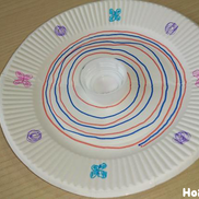 クルクル回る紙皿コマ〜模様の変化が楽しい製作遊び〜