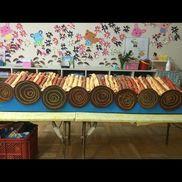 発表会…イカダ4歳児  11ぴきのねこ画用紙、段ボール、絵の具、ボンド