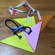 折り紙でかばん4歳折り紙セロテープ廃材のリボンなど