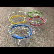 【ペットボトルのシャワー】(材料)・ペットボトル・すずらんテープ・ビニールテープ