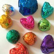 ホイル色紙のキラキラ宝石〜たった2つの材料で楽しむ製作遊び〜