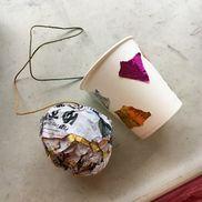 紙コップけん玉 ・紙コップ・タコ糸(60cm)・新聞紙・テープ