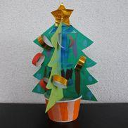 手作りの卓上立体ツリー〜自由な飾り付けや組み立てが楽しいクリスマス製作遊び〜